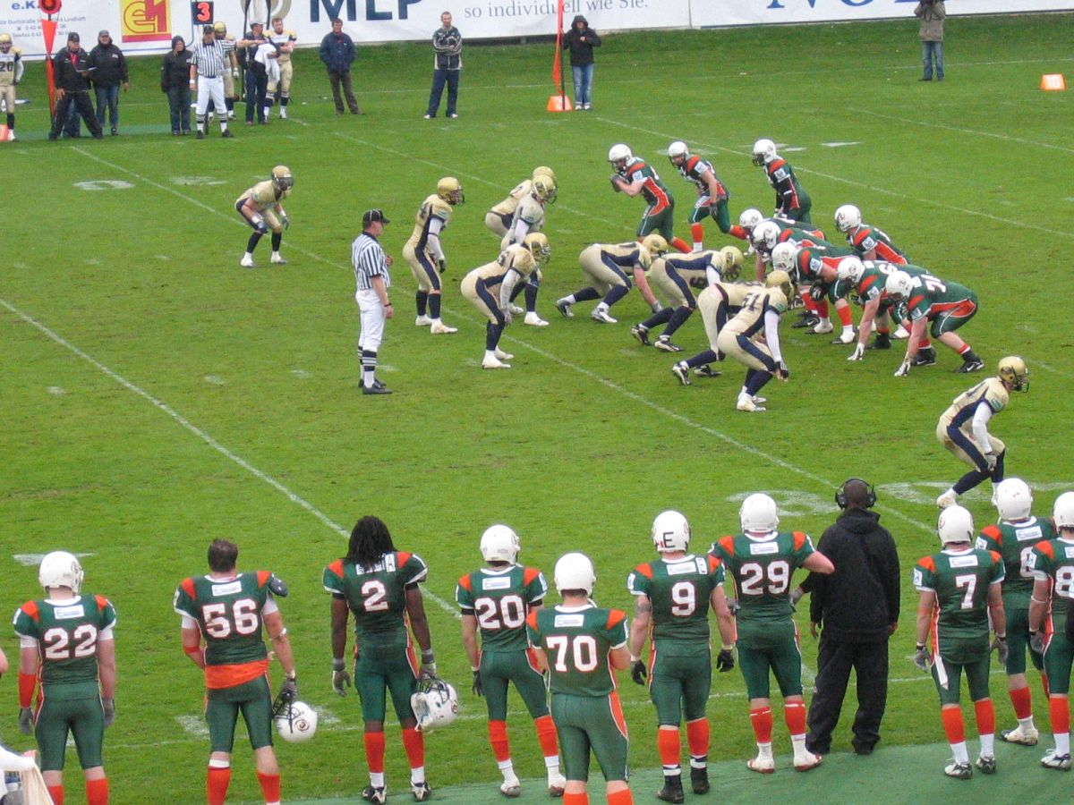 Kiel Baltic Hurricanes vs Dresden Monarchs am 15.05.2010 im Holsteinstadion Kiel